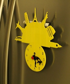 Fridge Magnet With Clock & Re-writable Travel With Dogs (Woman)2
