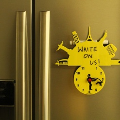 Fridge Magnet With Clock & Re-writable Travel With Dogs (Woman)3