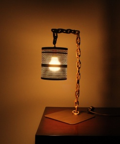 Lamp In Metal   Chain Stand 1