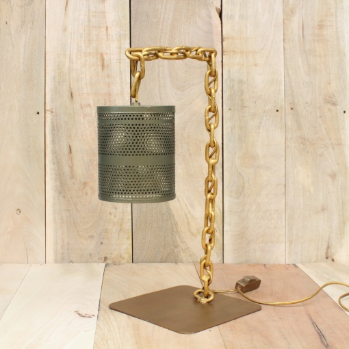 Lamp In Metal | Chain Stand 3