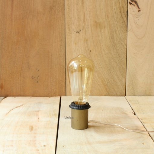 4 Lamp in Metal - Minimalist Edison Bulb
